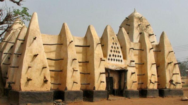 10 Objek Wisata di Ghana Wajib Anda Kunjungi