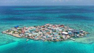 7 Pulau Terpencil di Dunia yang Wajib Dikunjungi